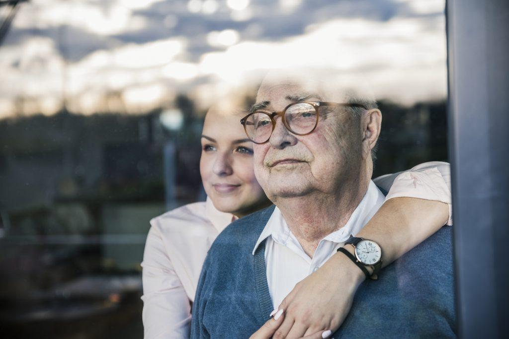 alzheimer: assistenza e sensibilità