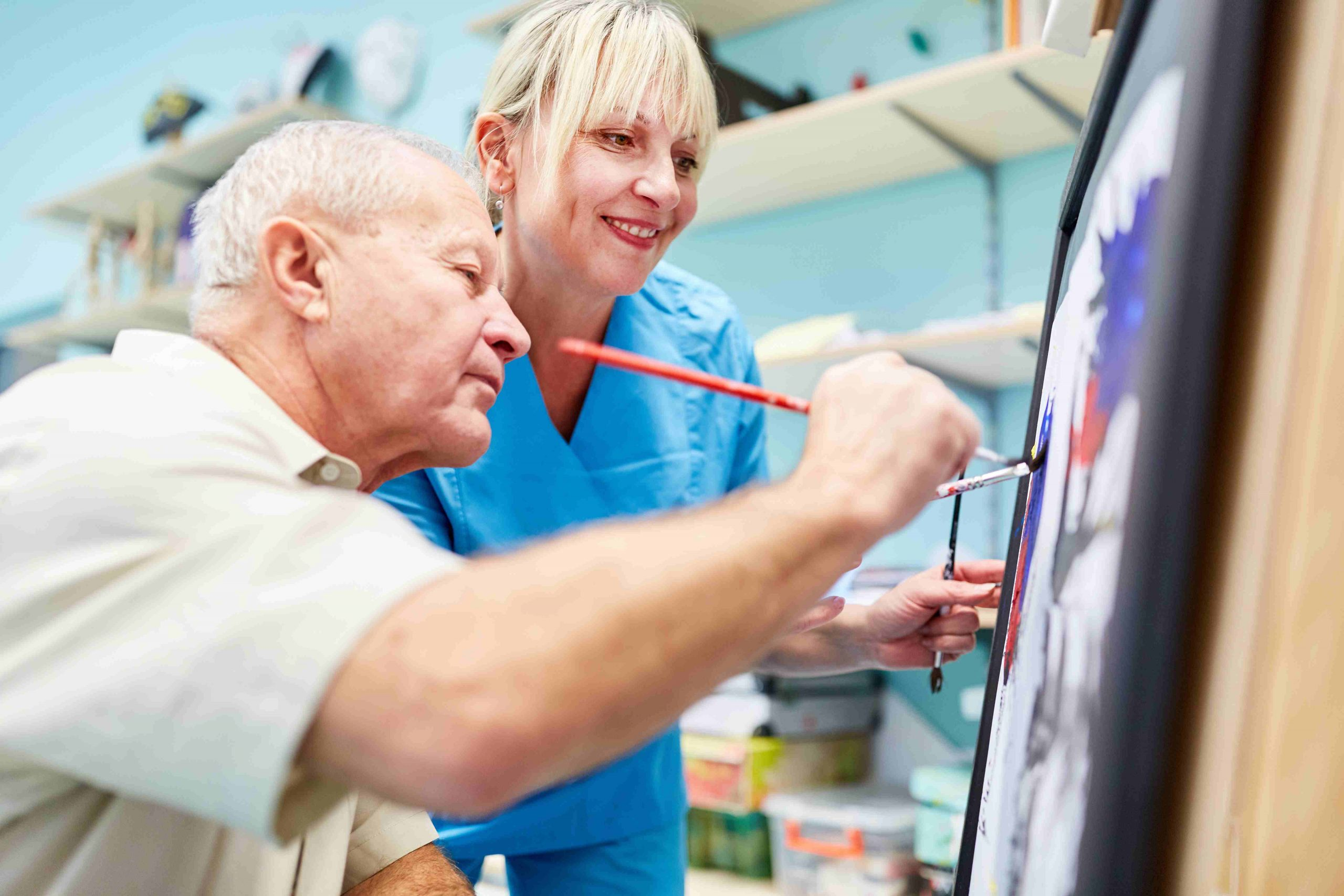 Relazionarsi con una persona malata di Alzheimer